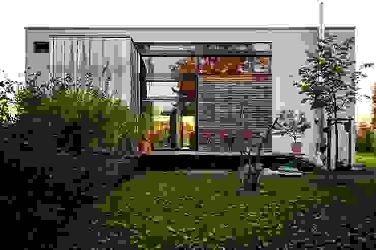 Casas de estilo  por Architekten Lenzstrasse Dreizehn, Moderno