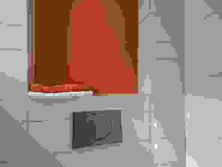 KleurInKleur interieur & architectuur Modern Bathroom