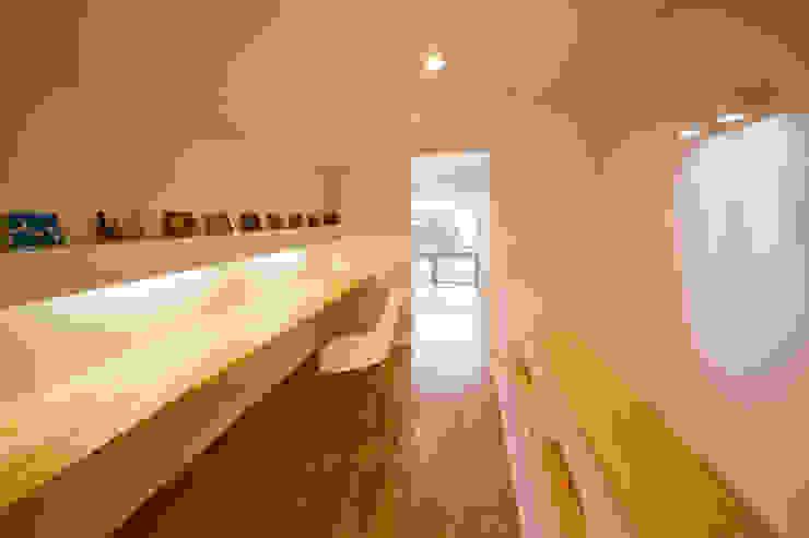 トトロ ワークスペース 北欧デザインの 多目的室 の キリコ設計事務所 北欧