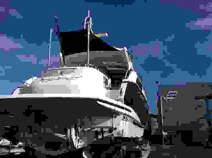 Various Shade Ideas Yates y jets modernos: Ideas, imágenes y decoración de Kemp Sails LTD Moderno