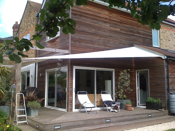 Various Shade Ideas Balcones y terrazas escandinavas de Kemp Sails LTD Escandinavo