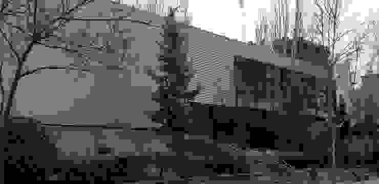 Centro Social en Barrio sin recursos. Interior y Exterior unidos. Casas de estilo minimalista de Arte y Vida Arquitectura Minimalista