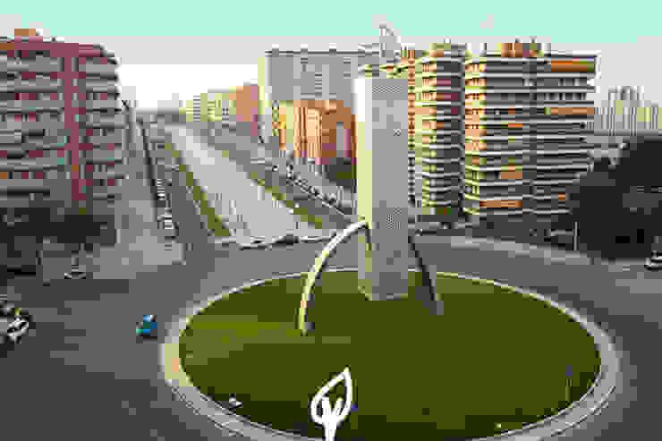 rotonda tarragona Espacios comerciales de estilo moderno de Verdalia Moderno