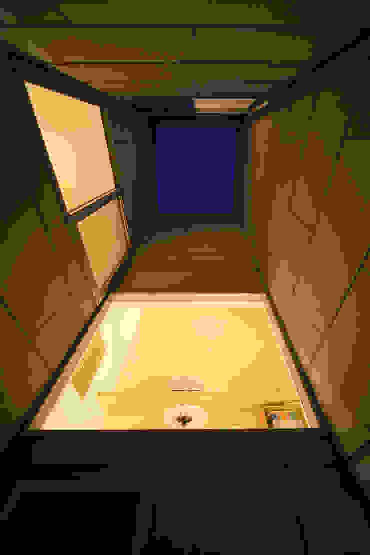 ARCHIXXX眞野サトル建築デザイン室 Modern Garden