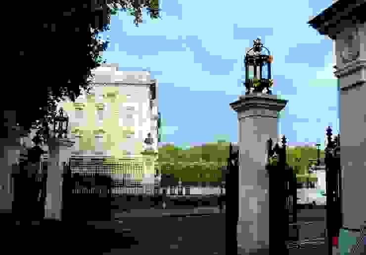 Buckingham Gates, London, SW1 Classic museums by Barwin Classic