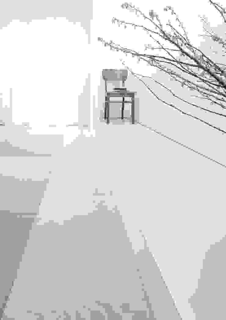 House for Installation ミニマルデザインの 多目的室 の Jun Murata   JAM ミニマル