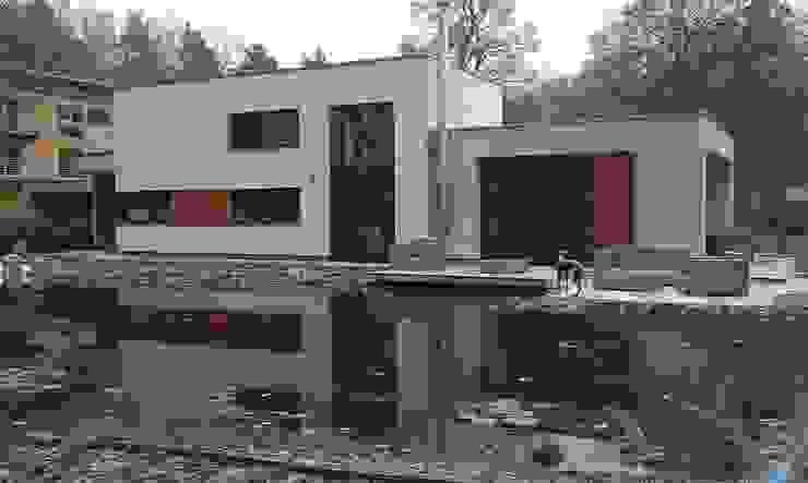 Außenansicht Terrassenseite Moderne Häuser von Völcker Architekten Modern