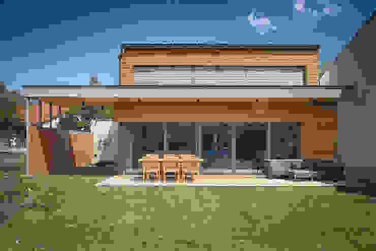 Casas modernas de AL ARCHITEKT - in Wien Moderno