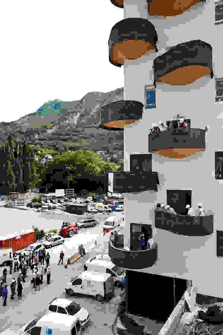 Logements Quai de la Graille – Grenoble Locaux commerciaux & Magasin originaux par r2k achitecte Éclectique