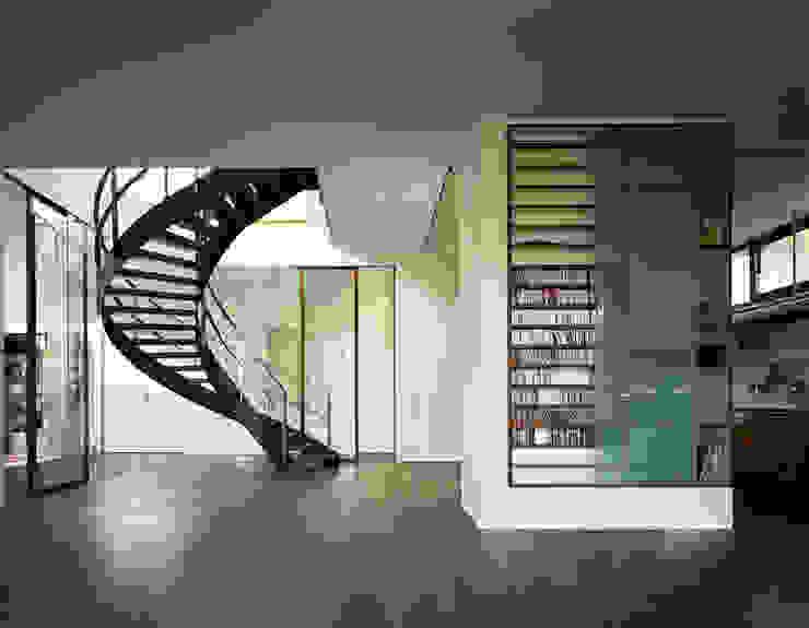Atelier und Wohnhaus Moderne Wohnzimmer von SNAP Stoeppler Nachtwey Architekten BDA Stadtplaner PartGmbB Modern