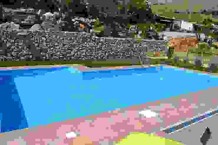 Costruzione piscina Skimmer Sfioratore Olympic Olympic Italia Costruzioni Piscine SPA - di Gabriele Lodato Piscina moderna