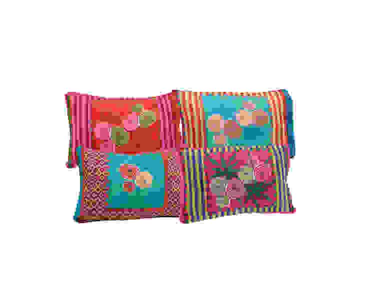 Cuscini Dhalia in cotone di Lisa Corti Moderno