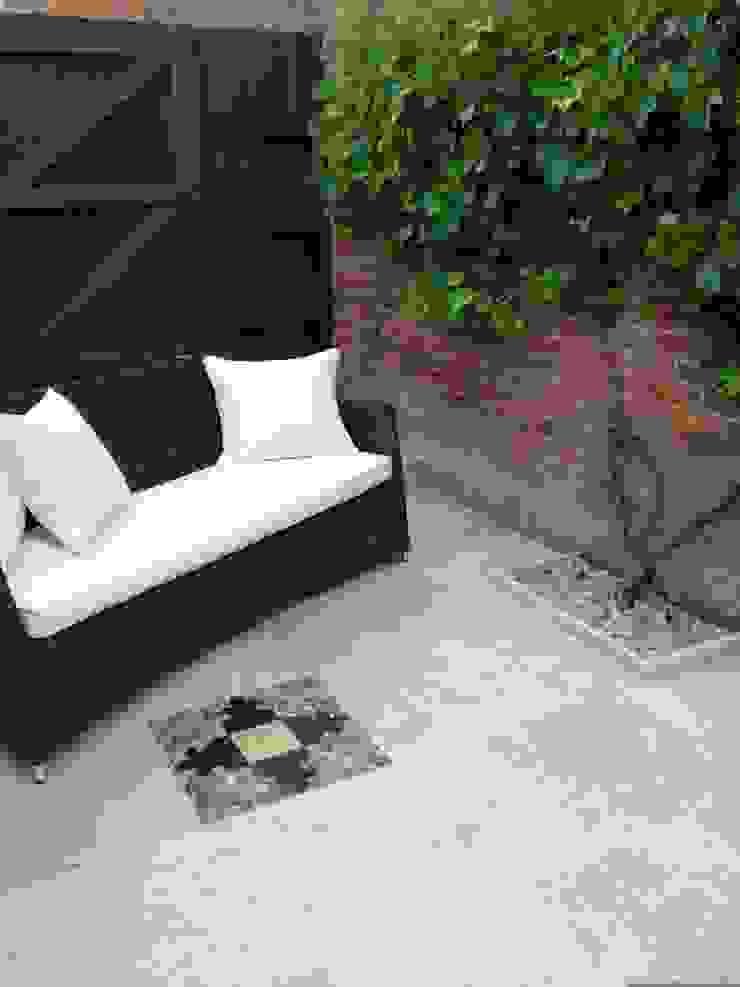 Paving detail & sofa : mediterranean  by Amy Perkins Garden Design Ltd , Mediterranean