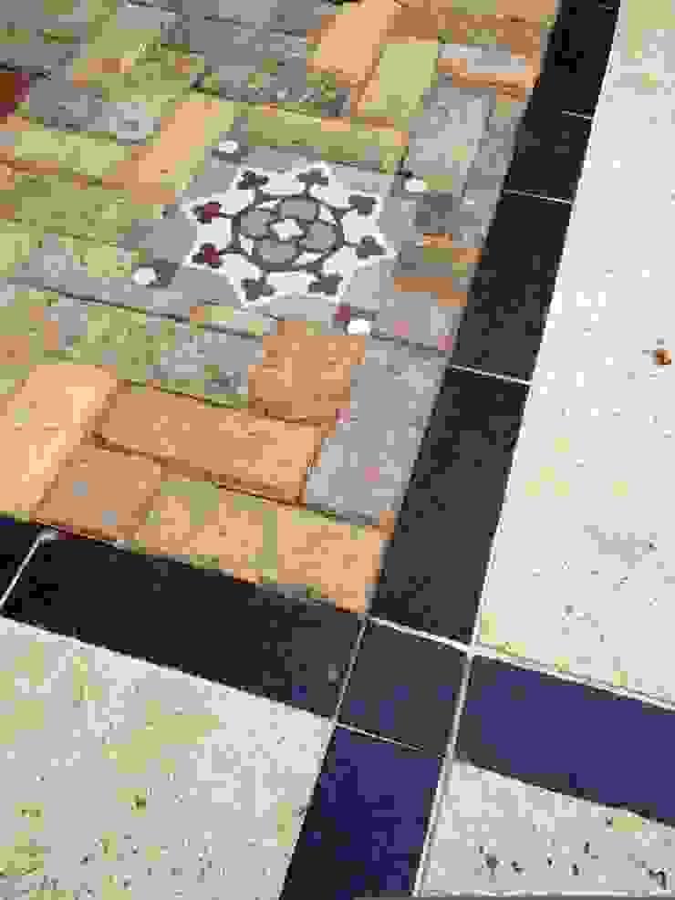 Paving details Mediterranean style garden by Amy Perkins Garden Design Ltd Mediterranean
