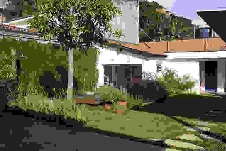 Atelier Bijari Casas modernas por ODVO Arquitetura e Urbanismo Moderno