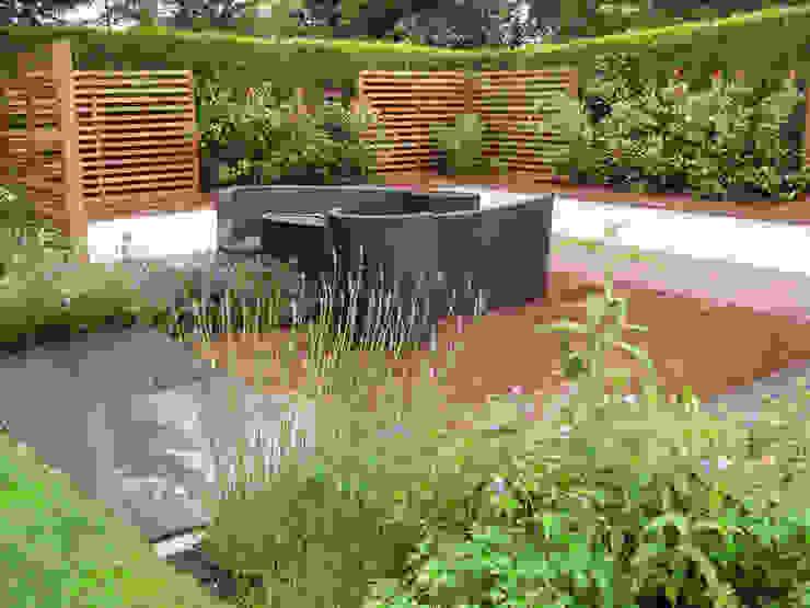IJLA - Contemporary Garden モダンな庭 の IJLA モダン