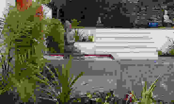 The Buddha Garden 根據 Robert Hughes Garden Design 現代風