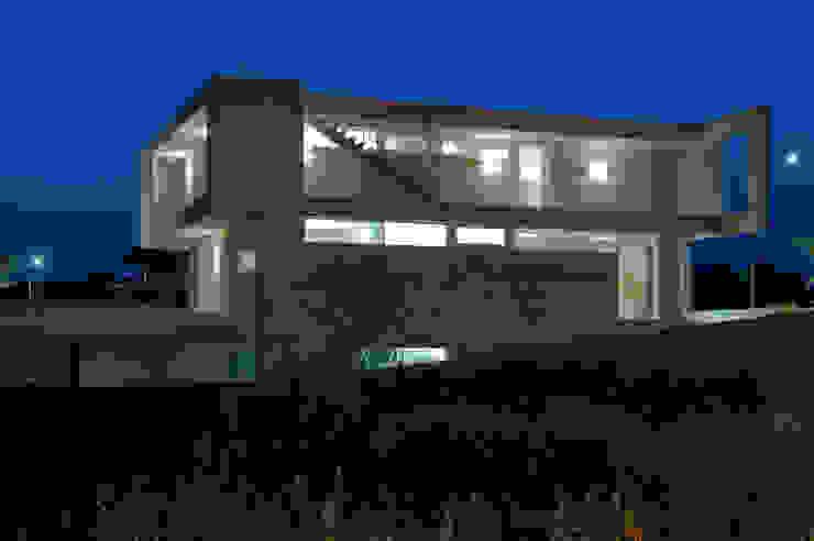 Moderne Häuser von moreno maggi photog. Modern
