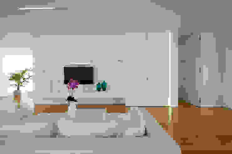 Moderne Wohnzimmer von moreno maggi photog. Modern
