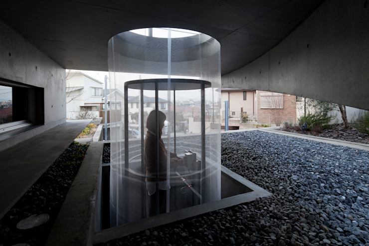 WW+ モダンな 家 の arte空間研究所 モダン