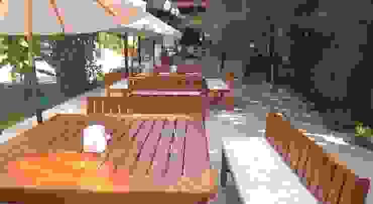 Antas Deluxe Aparts Modern Balkon, Veranda & Teras Antas Deluxe Aparts Modern