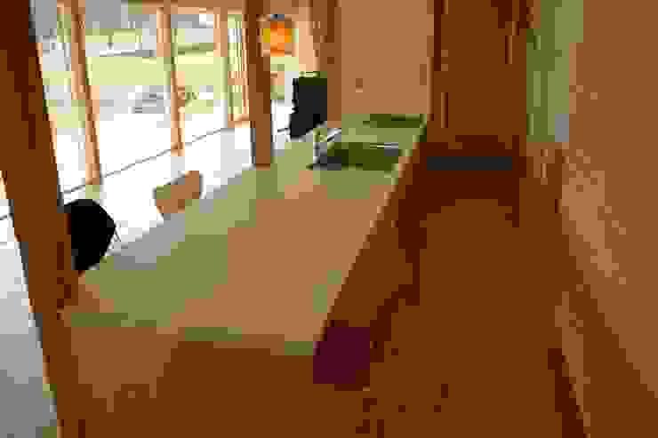 Production kitchen: くりえいと創が手掛けた折衷的なです。,オリジナル