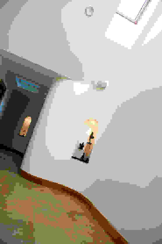 Woodhead Croft, Maryculter, Aberdeen Modern walls & floors by Roundhouse Architecture Ltd Modern