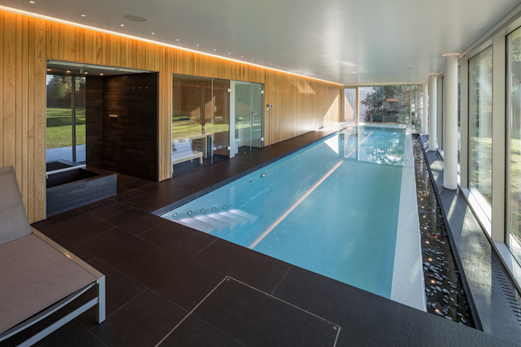 MeanderHouse Modern pool by Adrian James Architects Modern