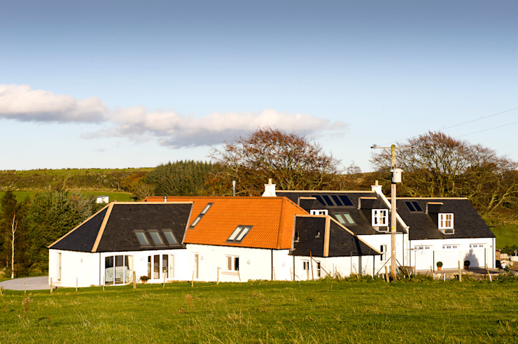 Woodhead Croft, Maryculter, Aberdeen Country style houses by Roundhouse Architecture Ltd Country