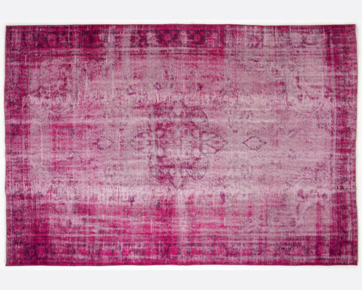 Vintage Handmade Over-dyed Rug In Fuchsia 003 All the hues SalonAccessoires & décorations