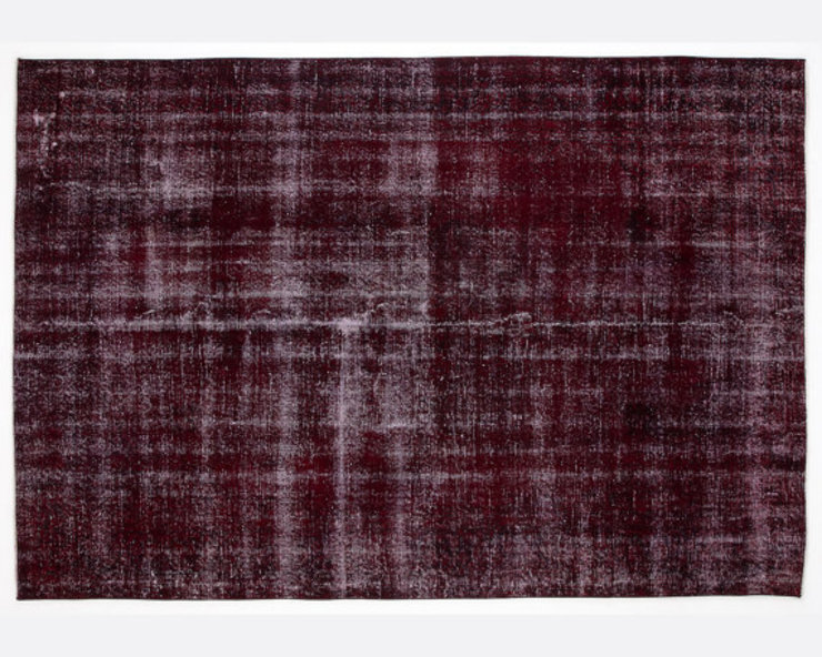 Vintage Handmade Over-dyed Rug In Cherry All the hues SalonAccessoires & décorations