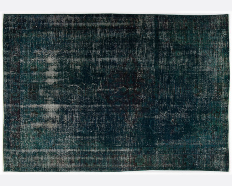 Vintage Handmade Over-dyed Rug In Deep Green All the hues SalonAccessoires & décorations