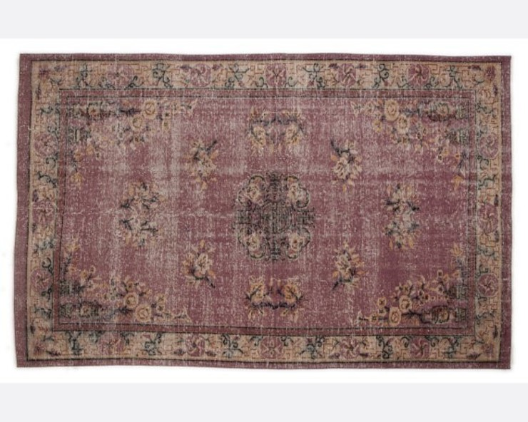 Vintage Handmade Over-dyed Rug In Faded Purple All the hues SalonAccessoires & décorations