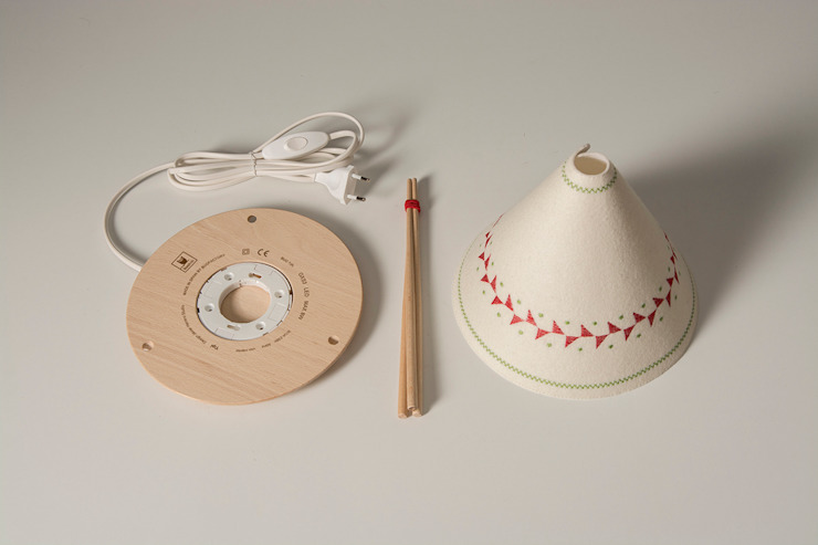 TIPI Lamp / BUOKIDS de Javier Herrero* Studio Minimalista