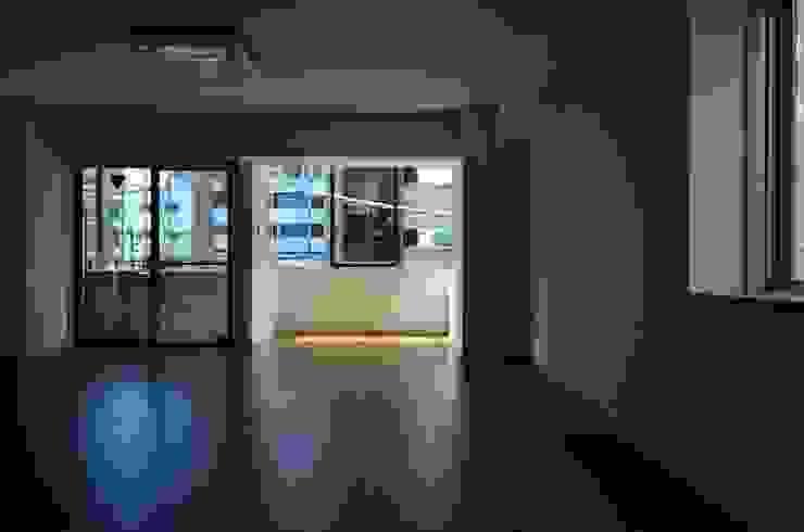 元浅草の住居 の 蘆田暢人建築設計事務所 Ashida Architect & Associates