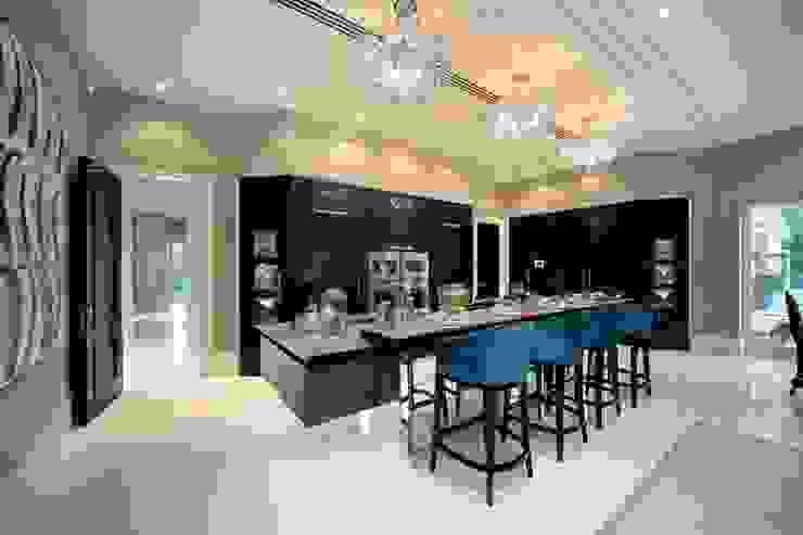 Project 7 Windlesham Cozinhas modernas por Flairlight Designs Ltd Moderno
