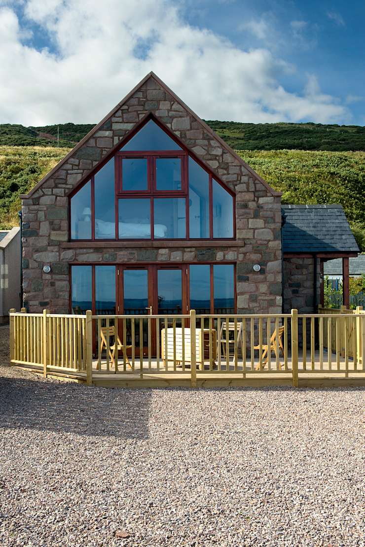 The Stables, Gourdon, Aberdeenshire Rustic style houses by Roundhouse Architecture Ltd Rustic