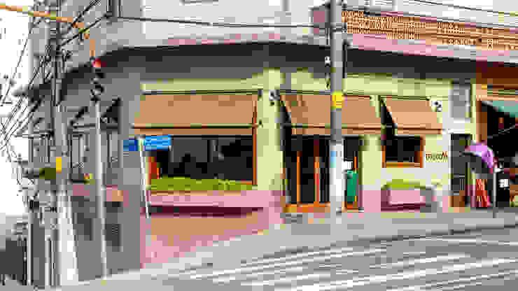 Restaurante Esquina Mocotó Espaços gastronômicos modernos por LAB Arquitetos Moderno