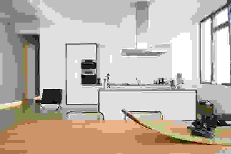 غرفة السفرة تنفيذ SNAP Stoeppler Nachtwey Architekten BDA Stadtplaner PartGmbB, حداثي