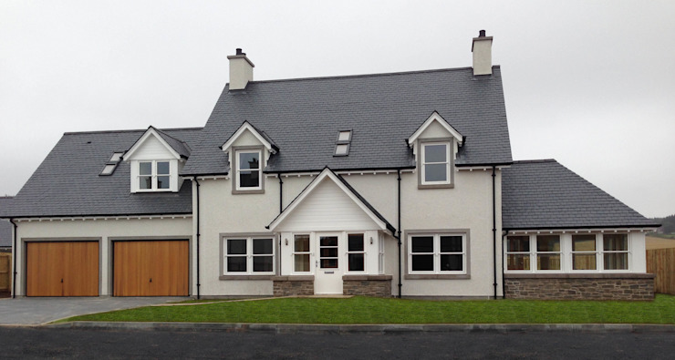 Ecclesgreig Gardens, St. Cyrus, Aberdeenshire Classic style houses by Roundhouse Architecture Ltd Classic