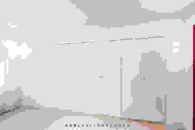 Vestidores de estilo moderno de Karl Kaffenberger Architektur | Einrichtung Moderno