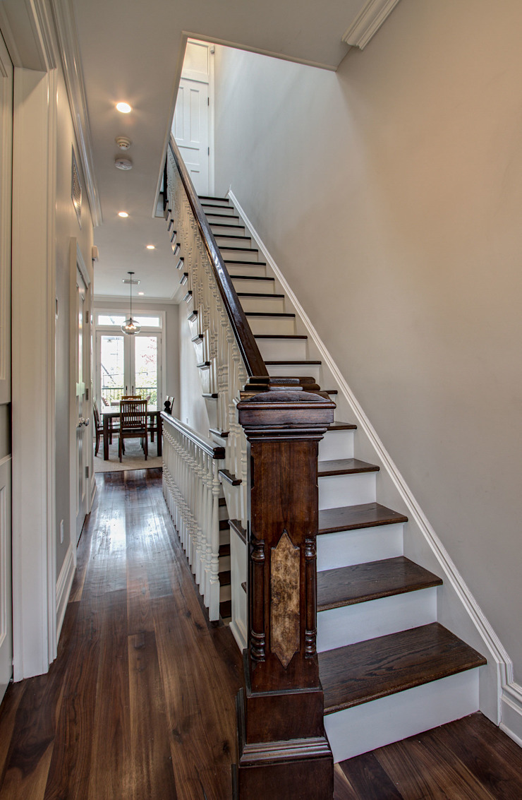 Park Slope Brownstone 3 Colonial style corridor, hallway& stairs by Ben Herzog Architect Colonial