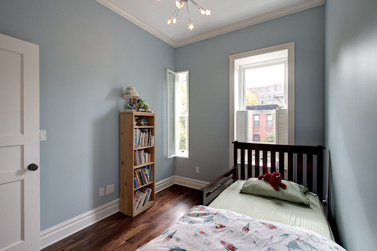 Park Slope Brownstone 3 Colonial style bedroom by Ben Herzog Architect Colonial