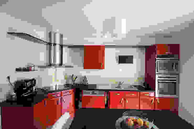 Rénovation d'une cuisine Cuisine moderne par Violaine Denis Moderne