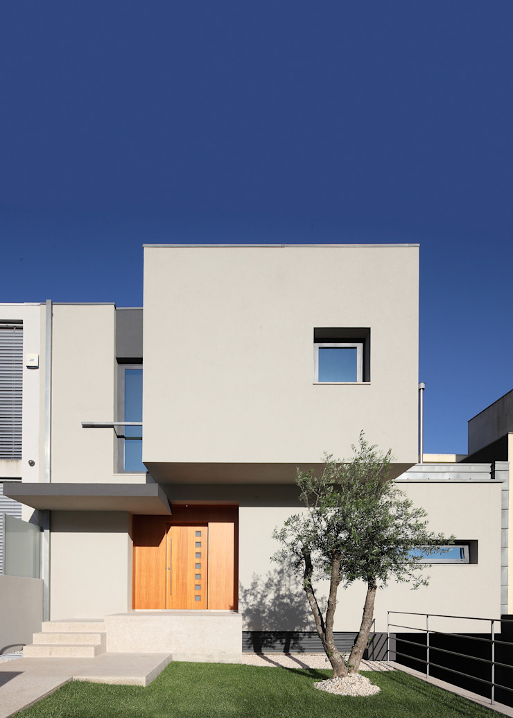 Moradia Unifamiliar Rua Geraldo Kimpell - Valbom Gondomar Casas minimalistas por Albertina Oliveira-Arquitetura Unipessoal Lda Minimalista