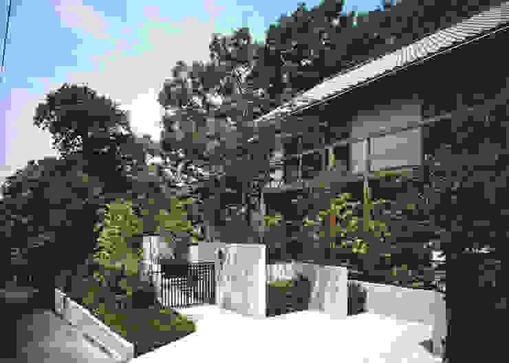 友呂岐の家 南斜め外観 日本家屋・アジアの家 の primavera 和風