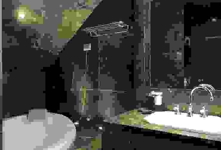 Francesca Bonorandi Classic style bathroom
