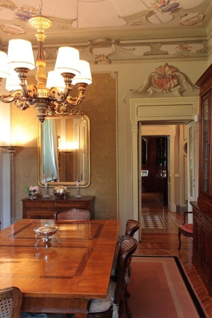 Classic style dining room by Francesca Bonorandi Classic