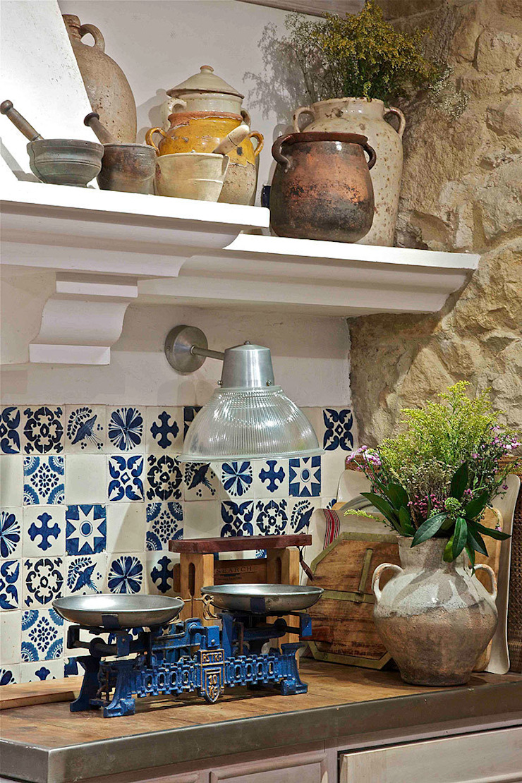 Rustikale Küchen von Urbana Interiorismo Rustikal