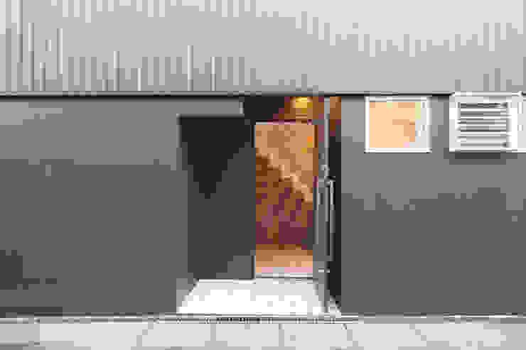 saikudani no ie Casas modernas por atelier m Moderno